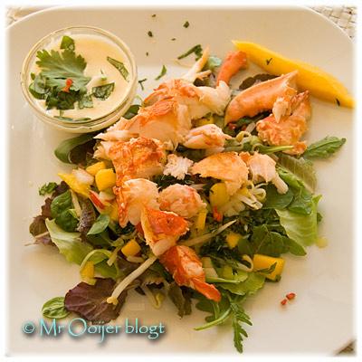 Kreeftsalade met mango en krabsaus van Mr Ooijer
